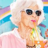 """Крутой сценарий ко дню пожилых: """"Современные бабули"""""""