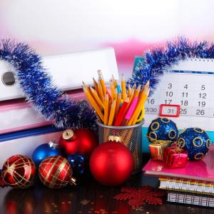 Креативный сценарий Нового Года в офисе