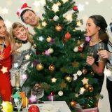Сценарий новогоднего праздника для веселой компании «Мы у елочки у нашей!»