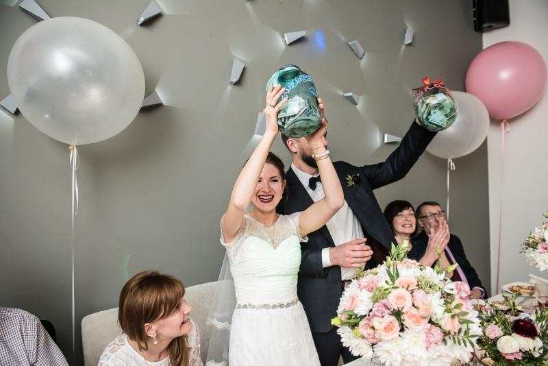 сценарий конкурсы на свадьбе семьей