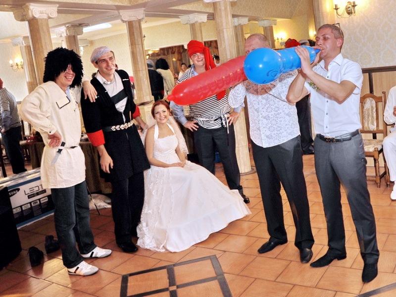 Сценарий свадьбы, конкурс с шариками